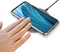 Galaxy S10 អាចសាកថ្មឥតខ្សែកាន់តែរហ័ស អាចស្មើនឹងការសាកតាមឌុយ USB ដែរ